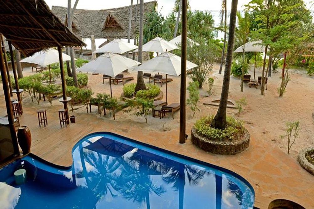 AZANZI BEACH HOTEL